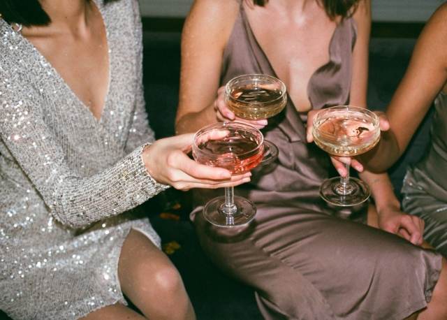 Photo of women drinking champagne